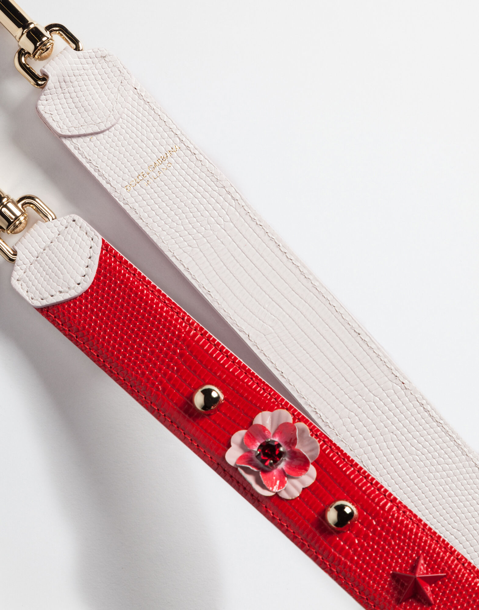 STRAP IN DAUPHINE LEATHER WITH APPLICATIONS