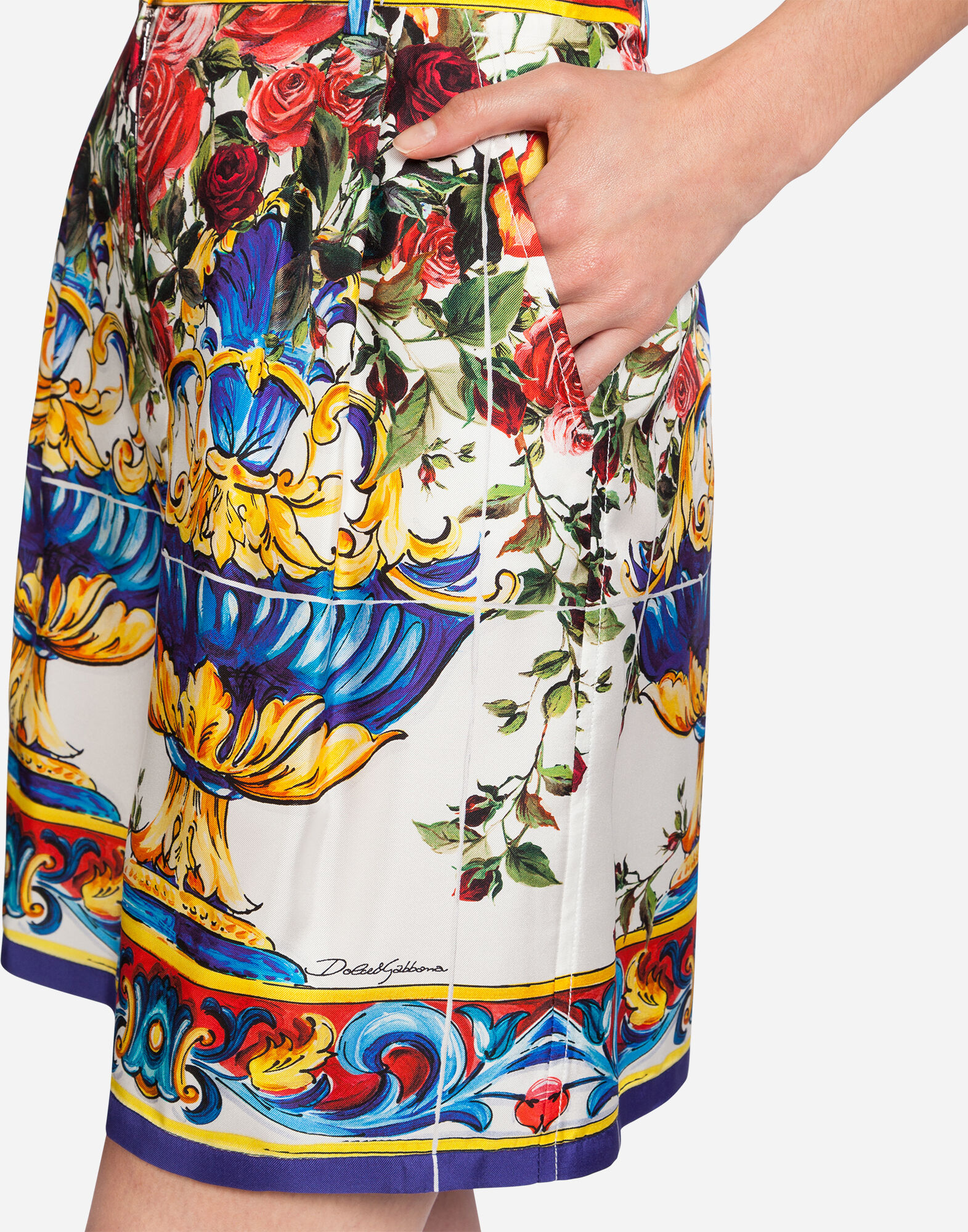 PRINTED SILK SHORTS