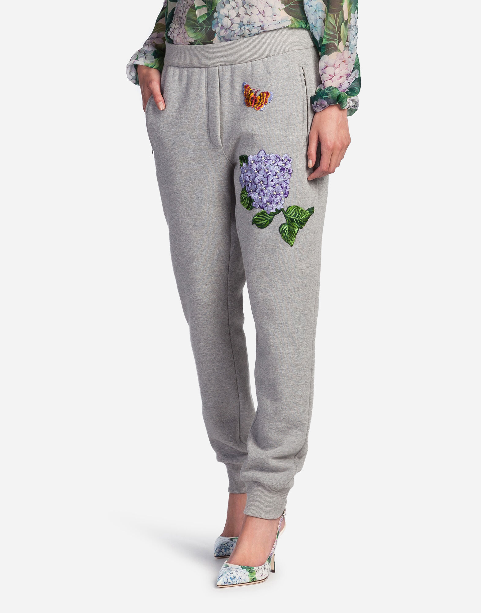 JOGGING PANTS WITH PATCH