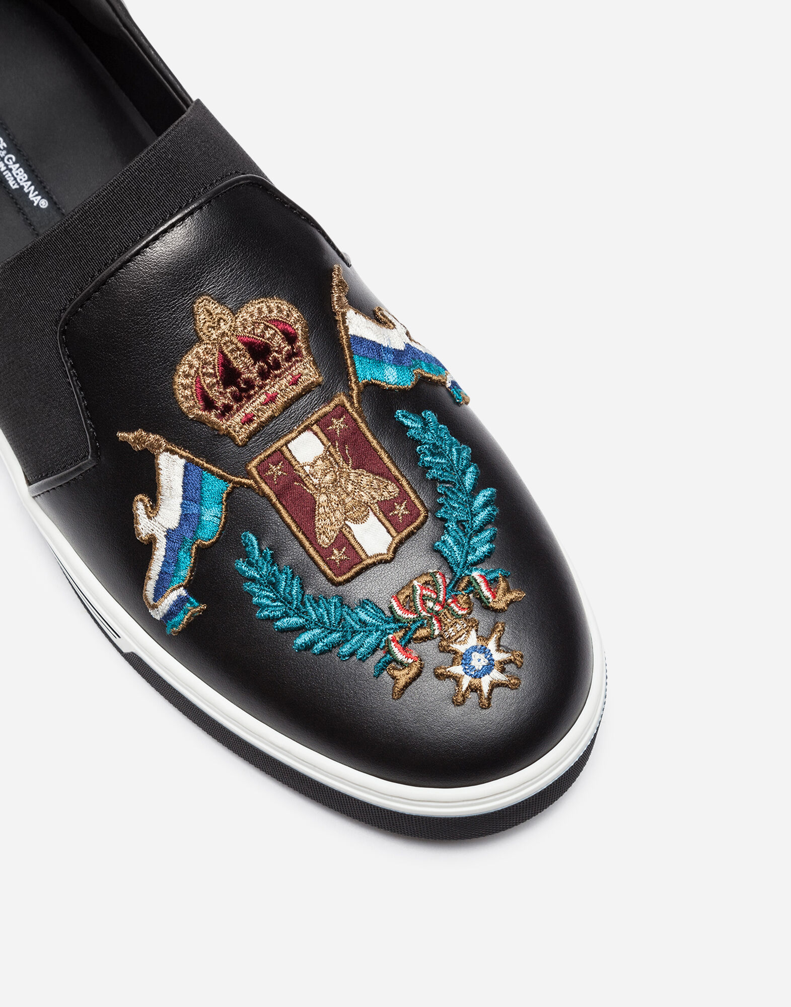 LONDON SLIP ON SNEAKERS IN LEATHER WITH PATCH