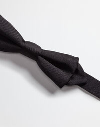 BOW TIE IN SILK