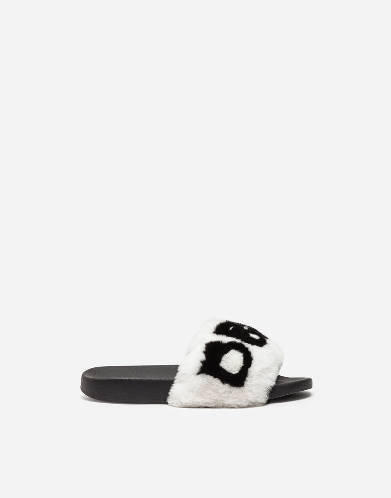 SANDALS WITH LAPIN DETAIL