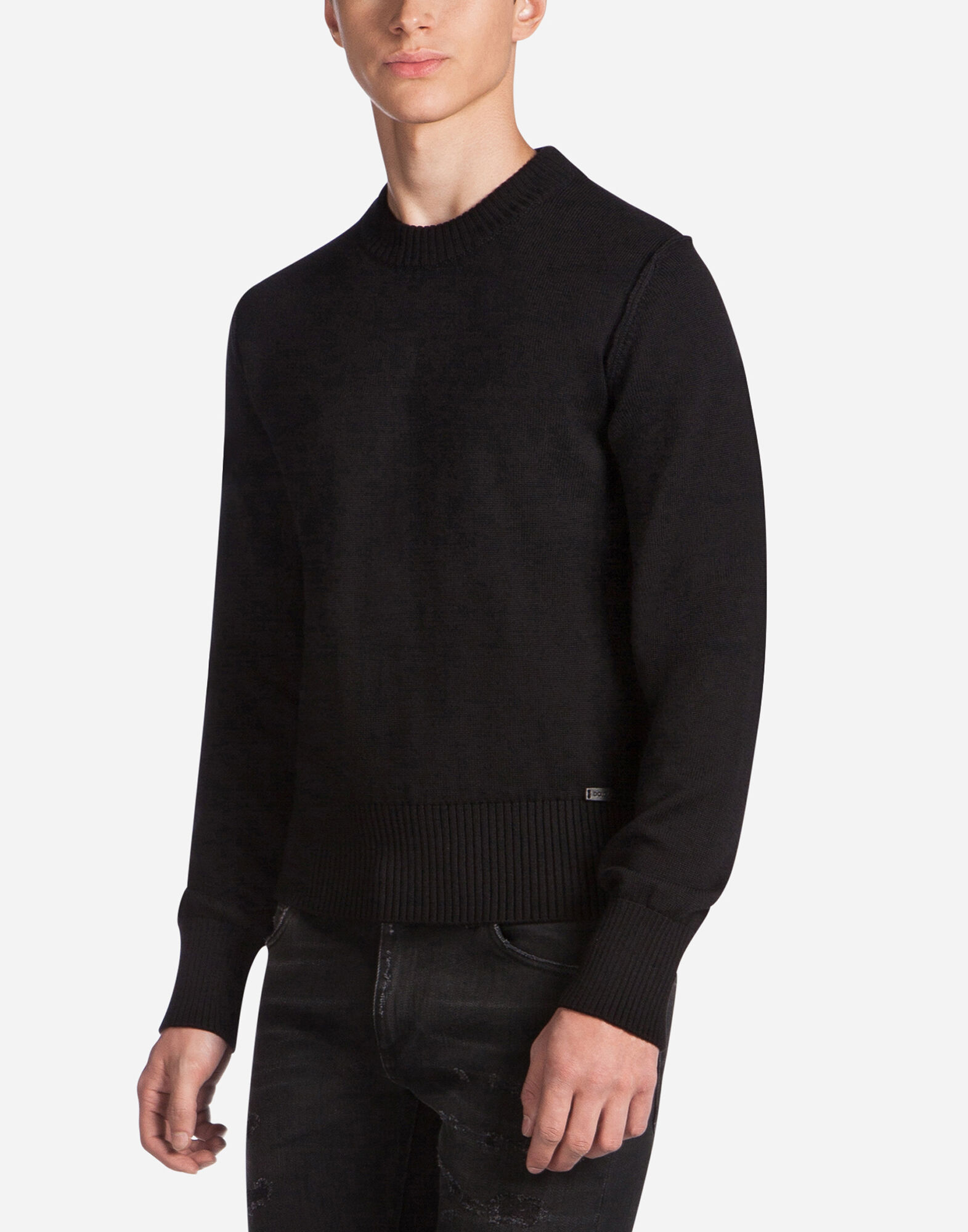 ROUND NECK WOOL SWEATER