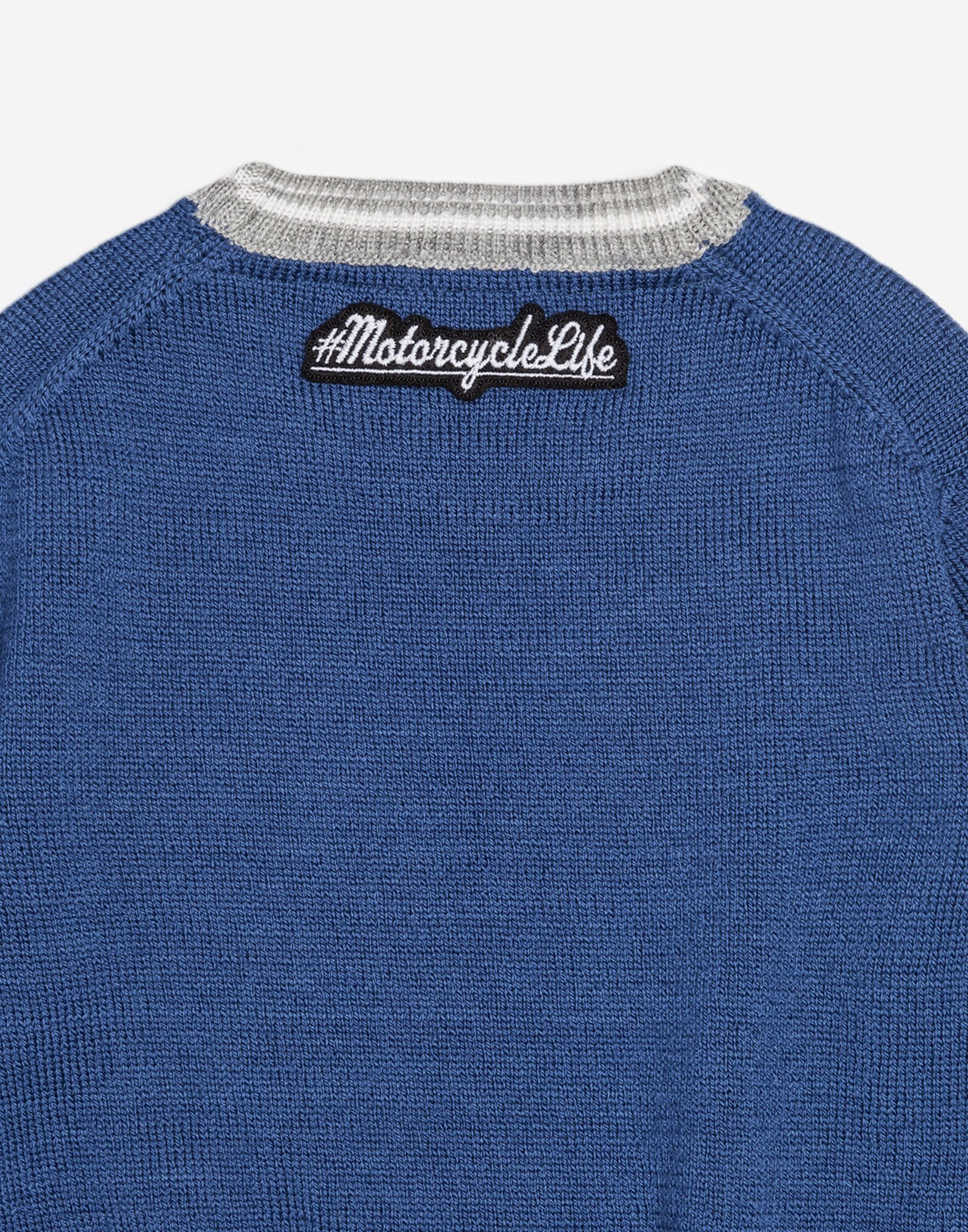 WOOLLEN SWEATER WITH PATCH