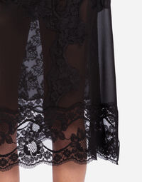 SILK SKIRT WITH LACE