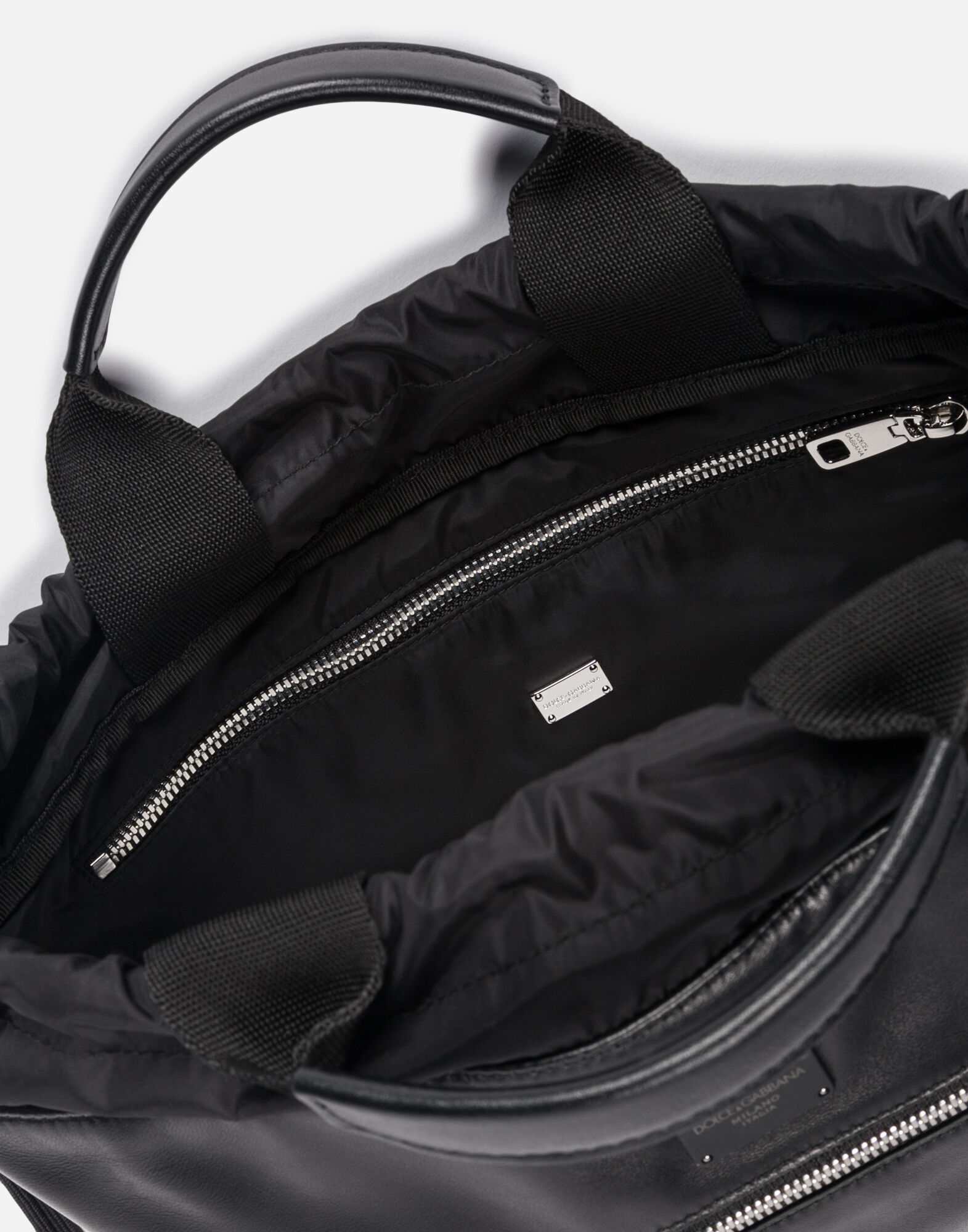 LEATHER BACKPACK WITH DRAWSTRING