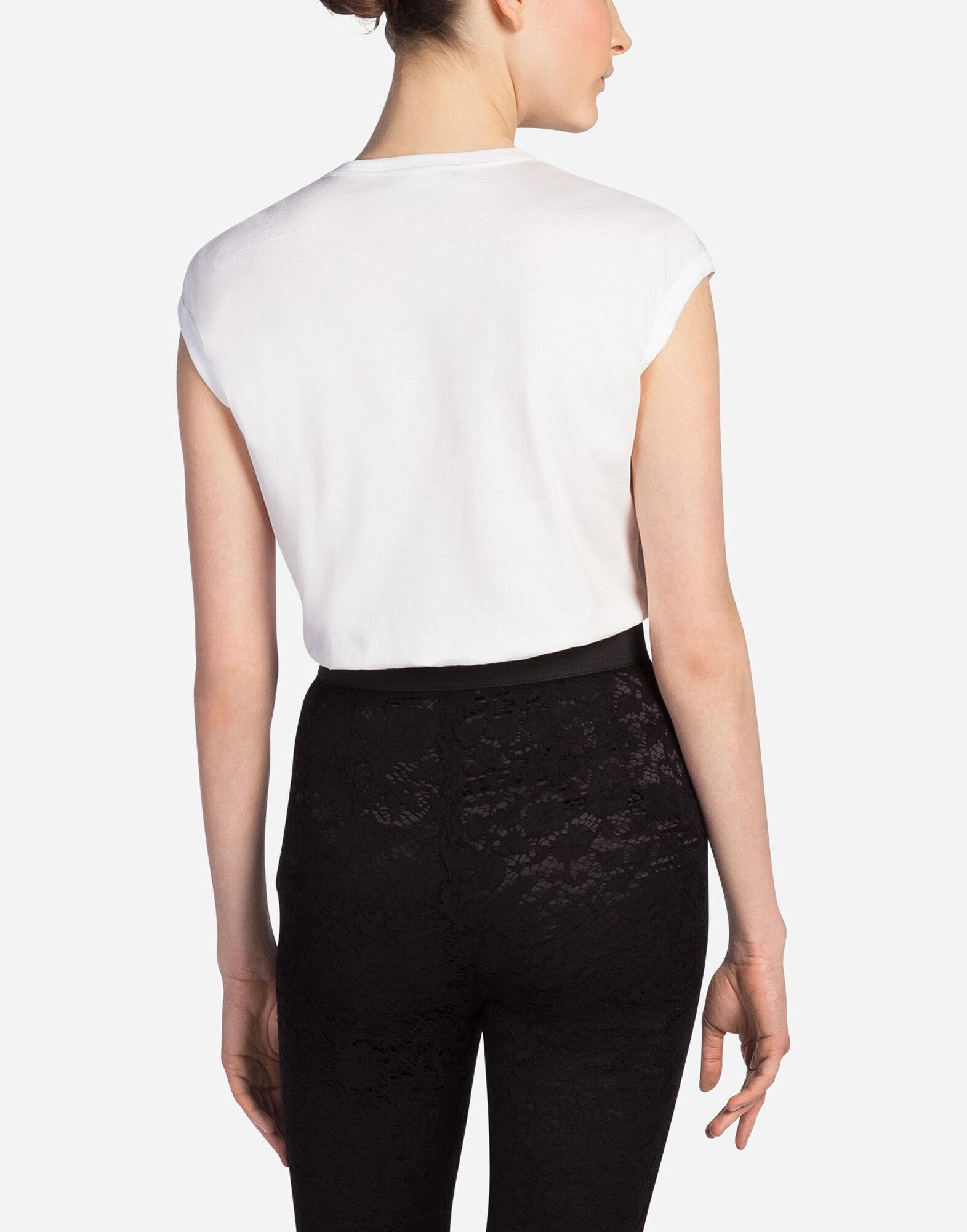 Women 39 s t shirts and sweatshirts dolce gabbana t shirt for Dolce and gabbana printed t shirts