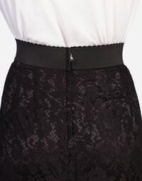 STRAIGHT SKIRT IN CORD LACE