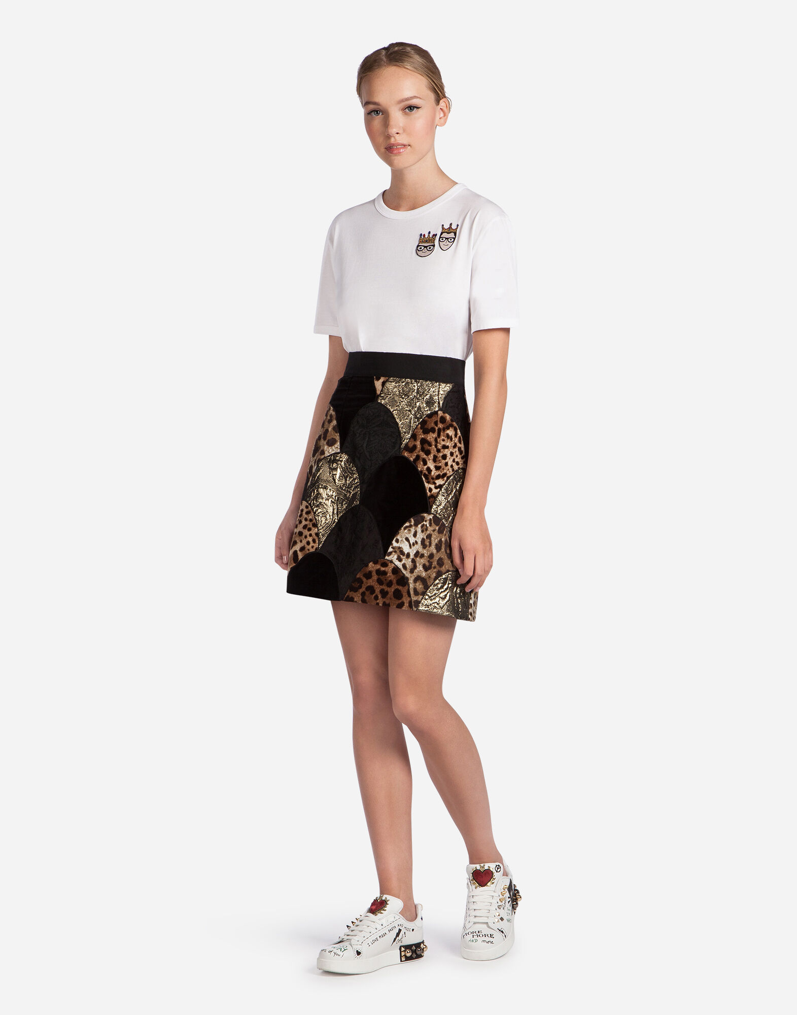 PATCHWORK SKIRT IN A MIX OF MATERIALS