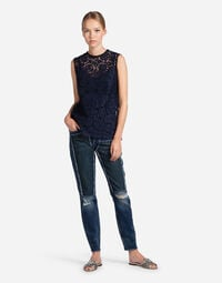SLEEVELESS TOP IN LACE