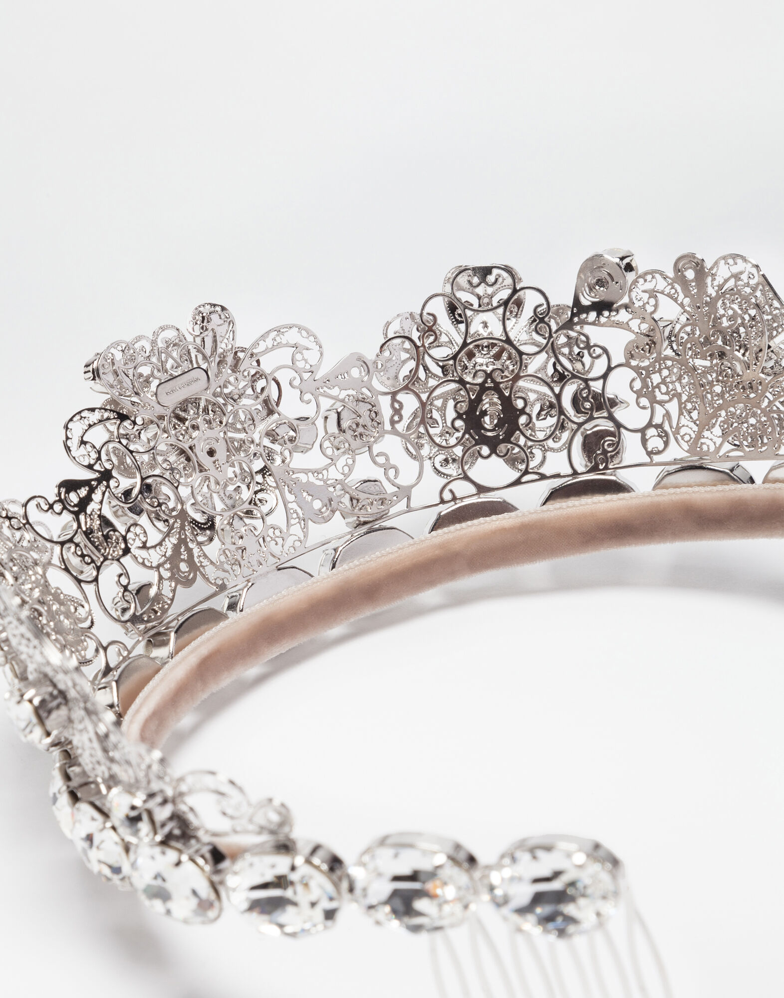 METAL CROWN WITH CRYSTALS