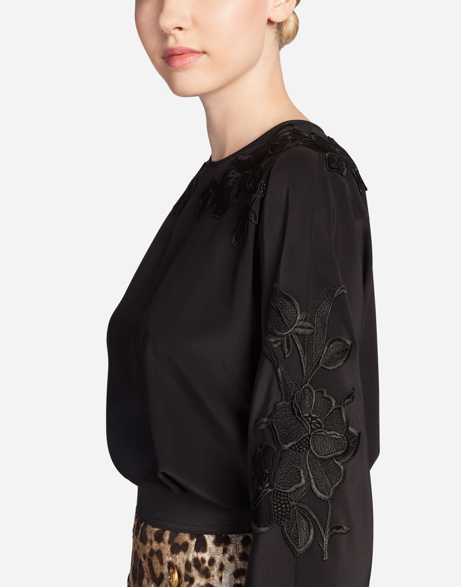 SILK TOP WITH EMBROIDERY