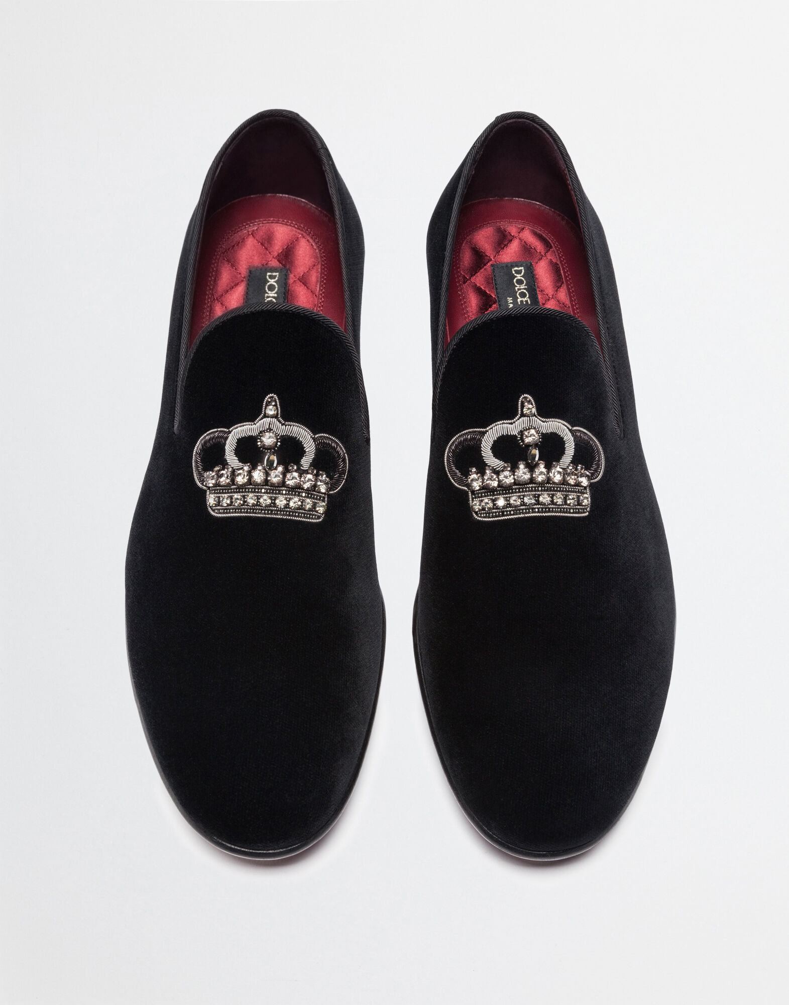 SLIPPERS IN VELVET WITH EMBROIDERY
