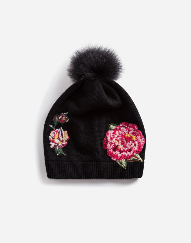 WOOL HAT WITH PATCHES