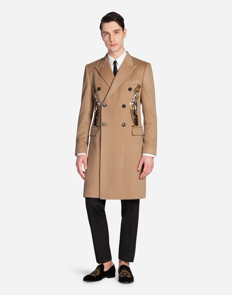 DOUBLE-BREASTED CASHMERE COAT WITH PATCH