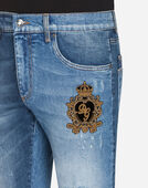GOLD FIT STRETCH JEANS WITH PATCH