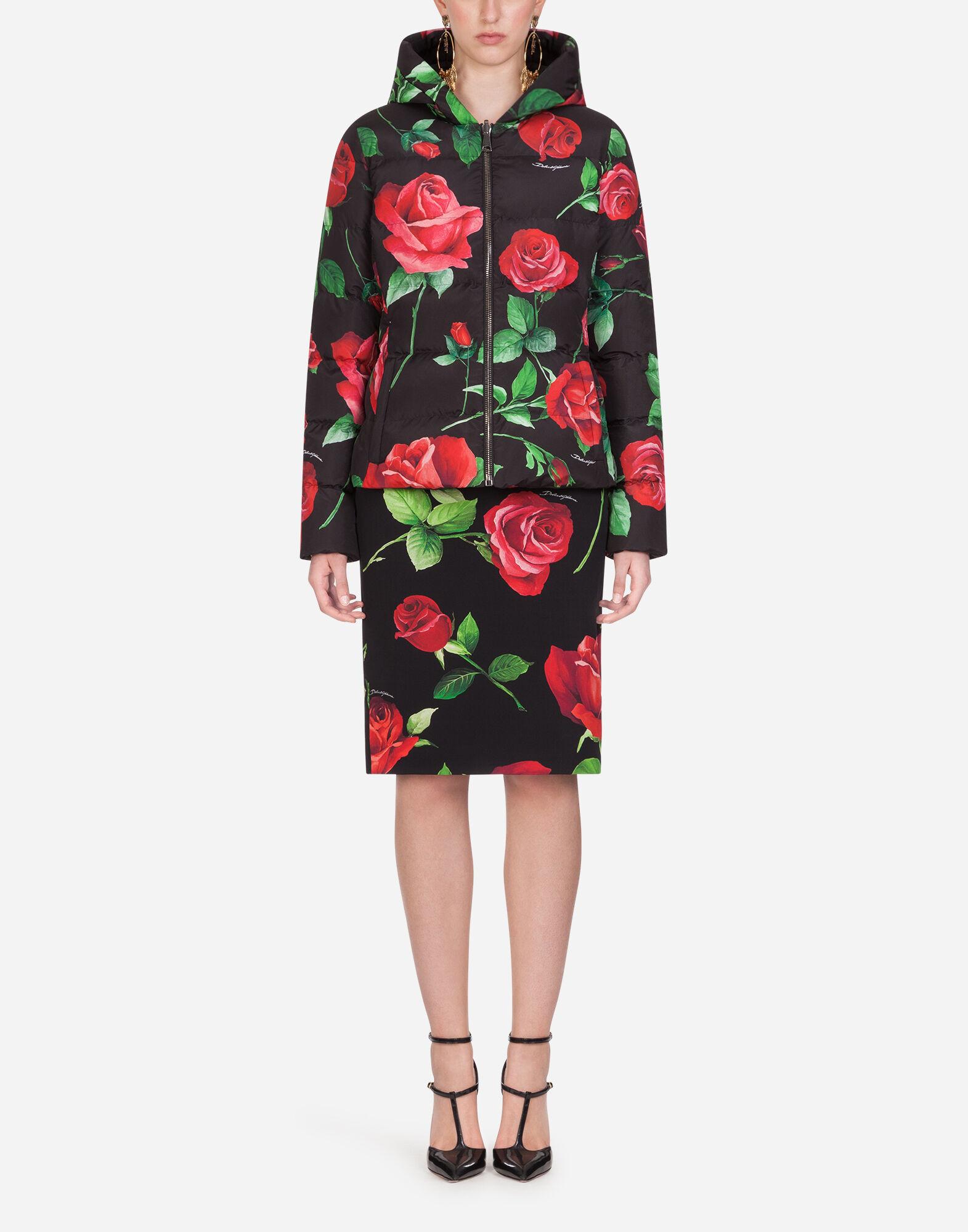 Gabbana KAPUZE Mäntel TAILLIERTE DAUNENJACKE für Jacken und PRINT MIT ROSEN DamenDolce kwXOPulTZi