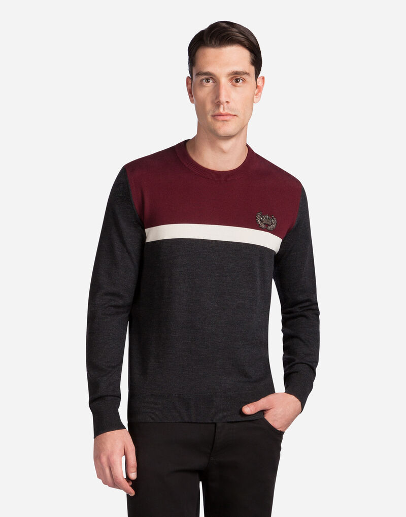 ROUND NECK WOOL SWEATER WITH EMBROIDERY