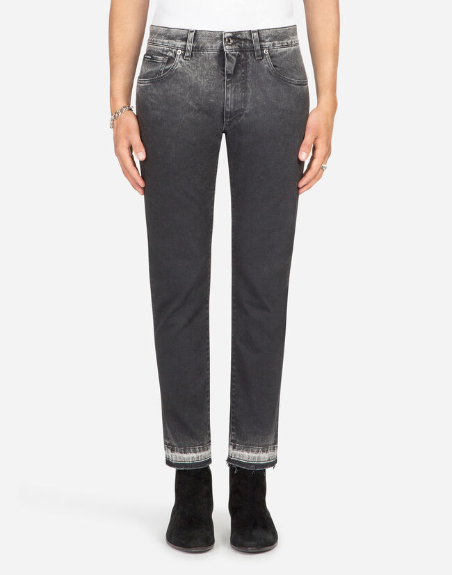 STRETCH CAPRI FIT JEANS