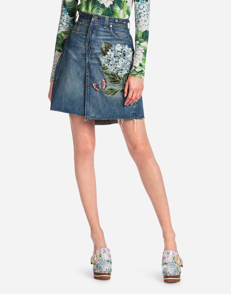 DENIM SKIRT WITH PATCH