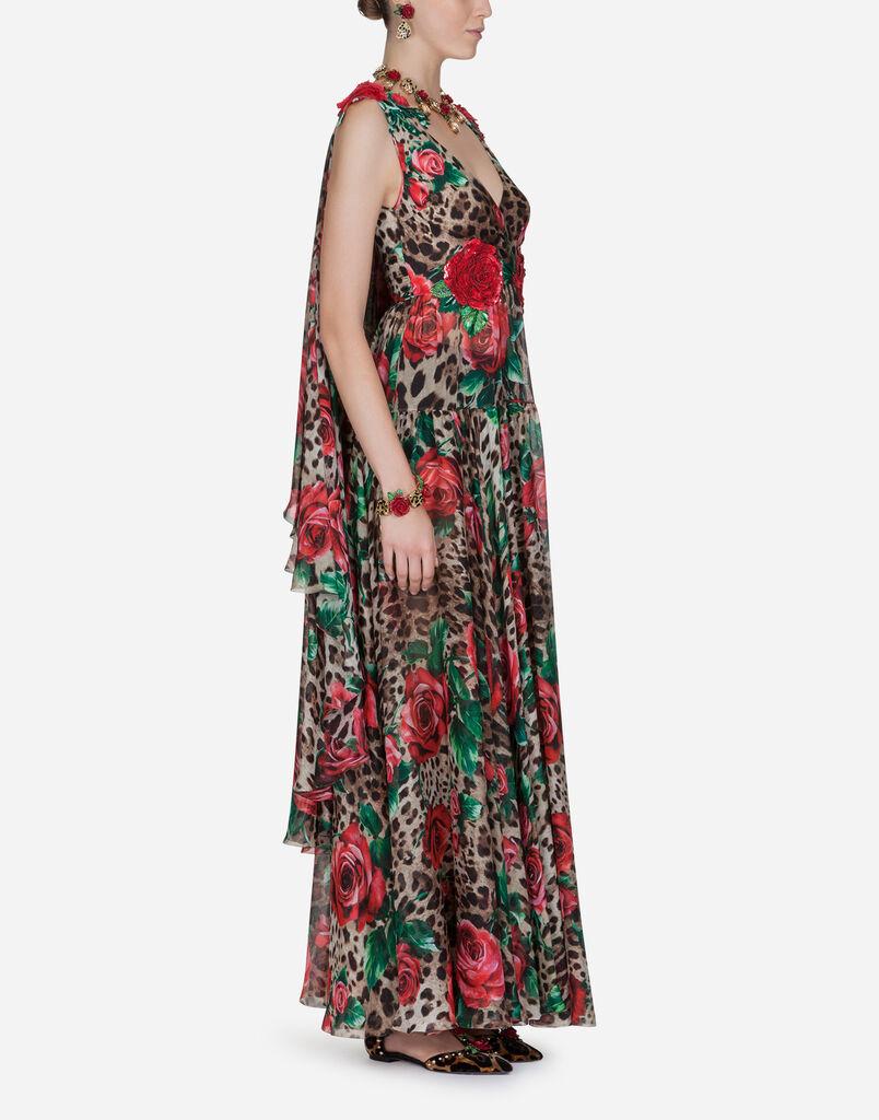 Dolce   Gabbana LANGES KLEID AUS SEIDENCHIFFON. Auswählen Grösse.  GRÖSSENGUIDE. 36 Mailbenachrichtigung  38 ... eb68bf3a85
