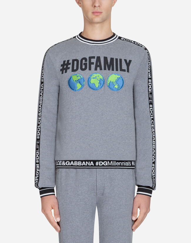 Dolce & Gabbana SWEATSHIRT IN #DGFAMILY PRINTED COTTON AND PATCH