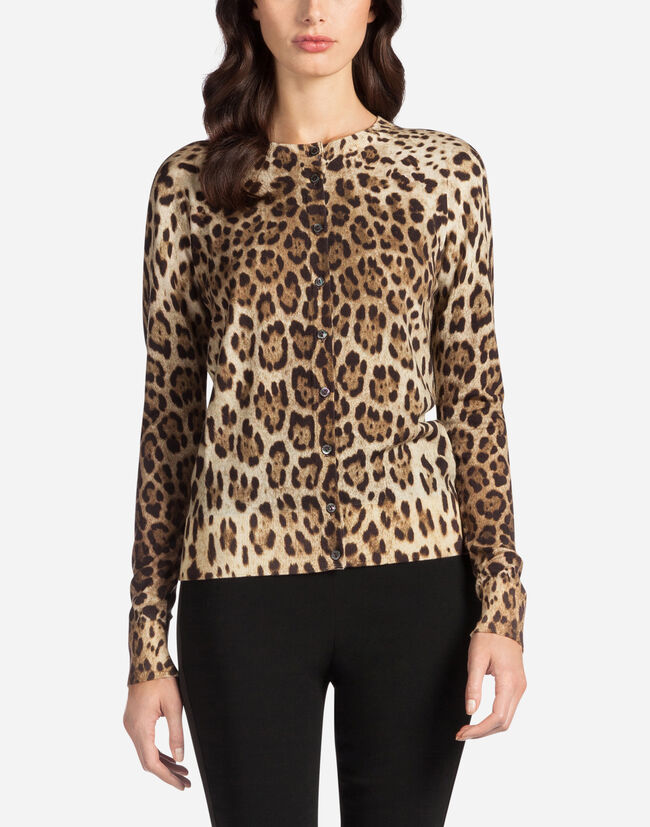 ROUND NECK CARDIGAN IN LEOPARD PRINT WOOL