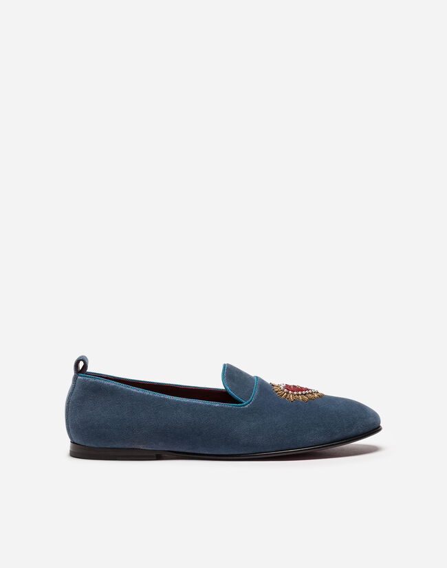 VELVET LOAFERS WITH HEART EMBROIDERY