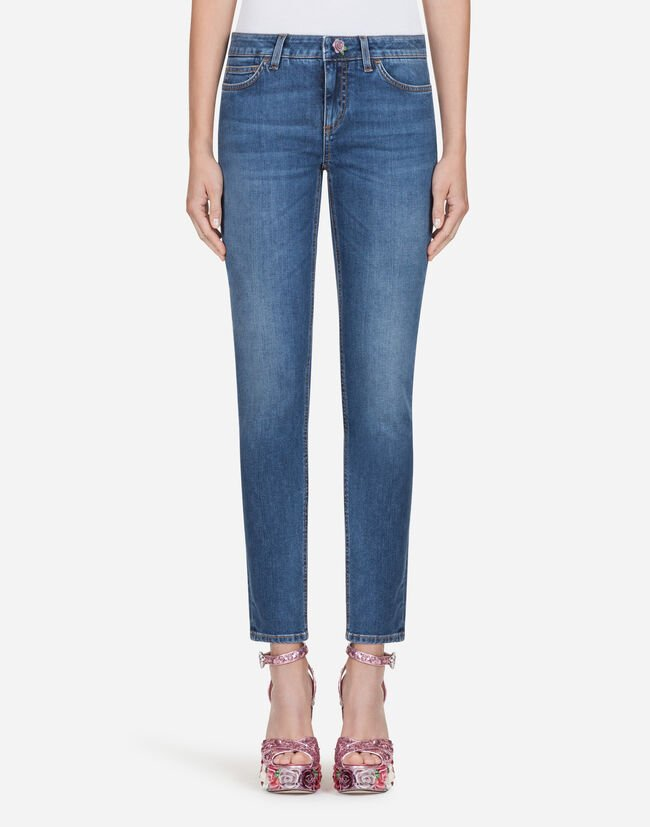 PRETTY-FIT JEANS IN STRETCH DENIM