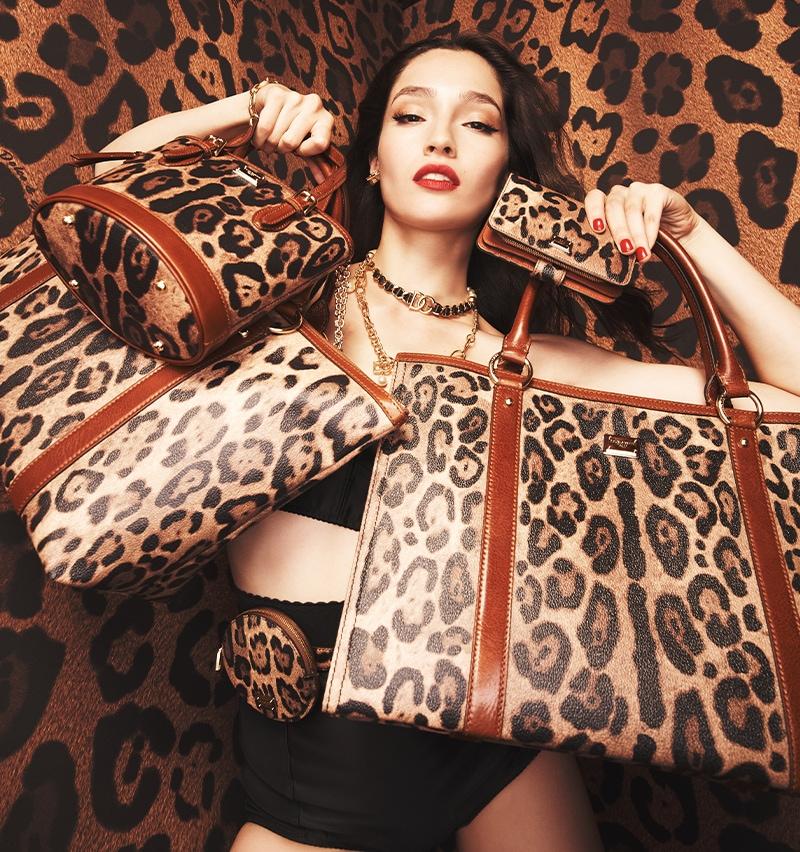 Clothing for men   women   Dolce Gabbana Online Store 812352b258b1